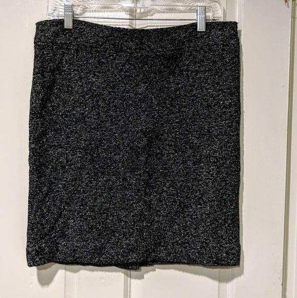 Lord & Taylor Dresses & Skirts - Lord & Taylor Dressy Skirt Sz 8
